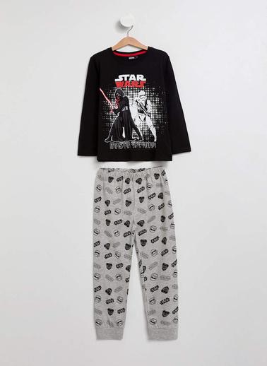 DeFacto Star Wars Lisanslı Erkek Çocuk Pijama Takımı Siyah